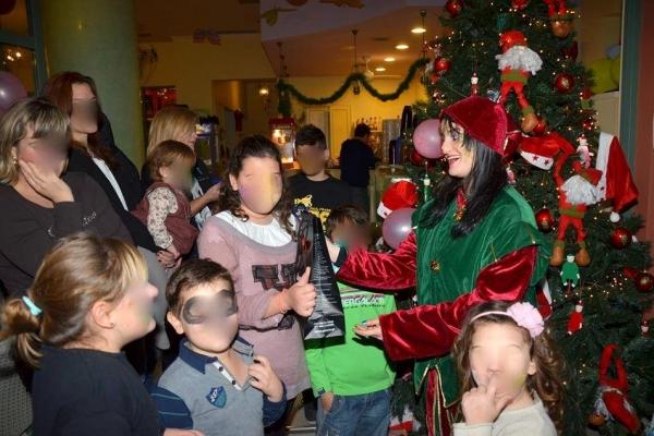 christmas006D027121F-8C13-482A-8342-5EED585E5470.jpg