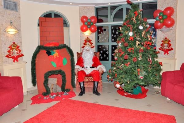 christmas0122B17E74A-8D5A-AD0B-CC8E-04817044AA19.jpg